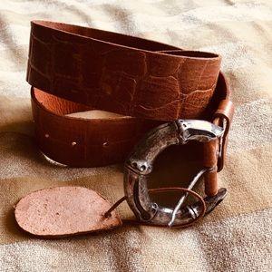 NWT Cydwoq leather belt